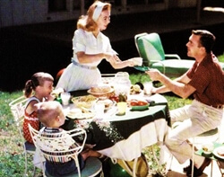1950s family outdoor eating