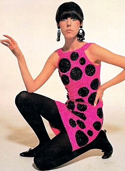 fashion model Peggy Moffitt