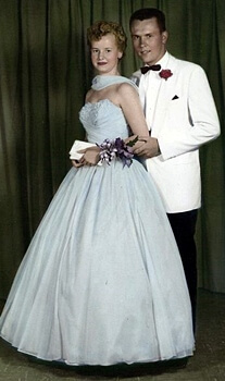 1950s fashion prom dress
